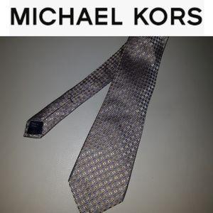 Michael Kors 100% silk Diamond Blue tan  tie
